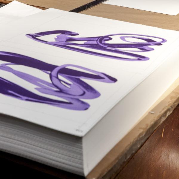 Violet Hand-1094