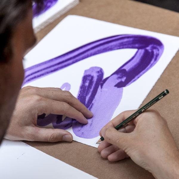 Violet Hand-1096