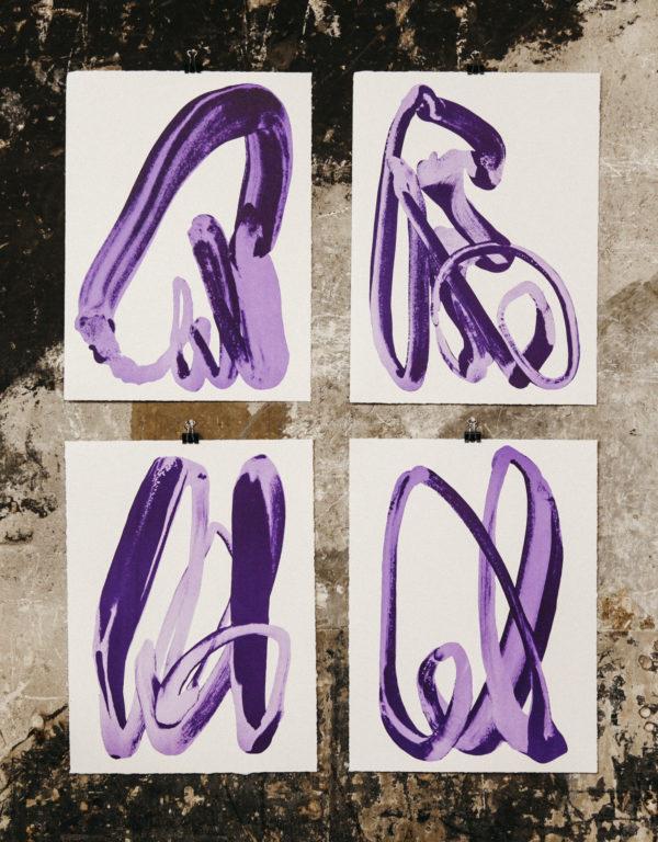 Violet Hand-1095