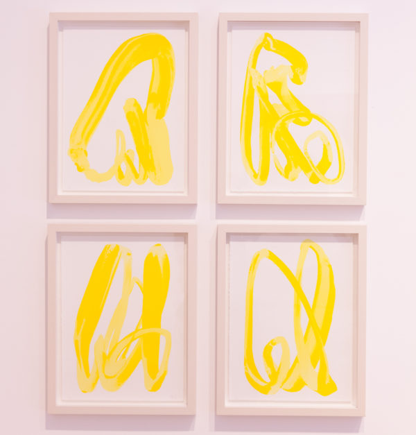 Yellow Hand-1118