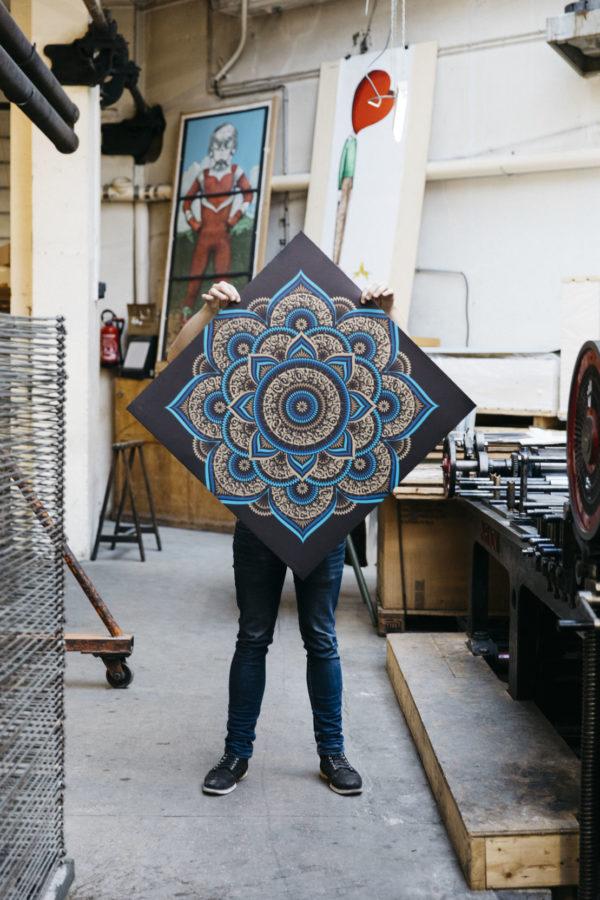blue-lotus-cryptik-print-them-all-lithograph-presentation-rhombus