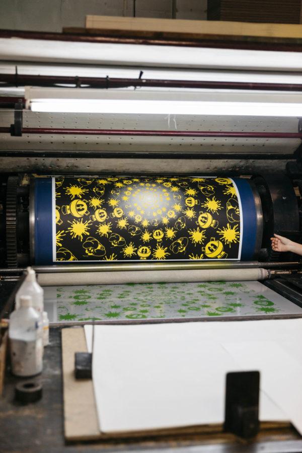 no-stain-no-gain-john-armleder-print-them-all-mamco-geneve-lithograph-black-yellow-edition-printing-process-art-print-paris
