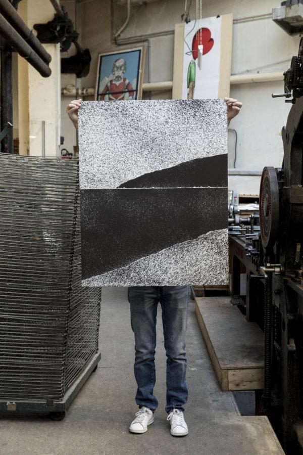 sea-scape-tanc-print-them-all-lithograph-presentation-artprint-printing-house