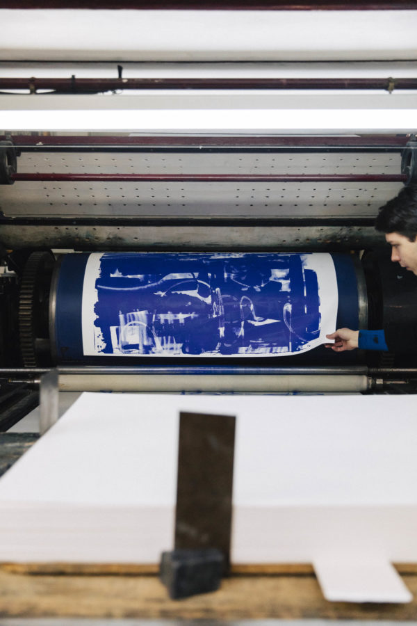 lasting-blue-edition-zes-print-them-all-lithograph-printing-process-paris-publishing-house-art