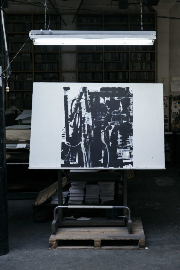 lasting-black-edition-zes-print-them-all-lithograph-art-print-presentation-printing-house-paris