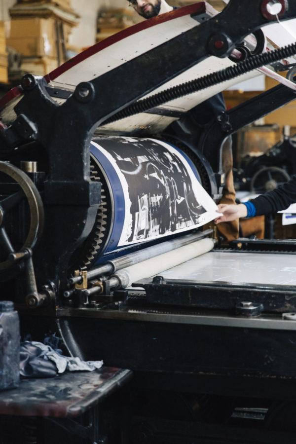 lasting-black-edition-zes-print-them-all-lithograph-printing-process-paris
