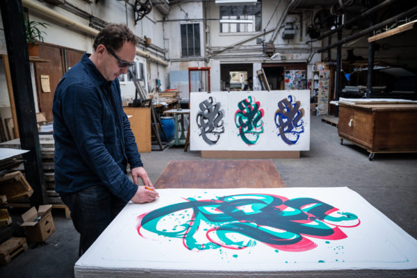 unambidextrous-green-red-niels-shoe-meulman-signing-lithograph-print-them-all-art-limited-edition-calligraffiti
