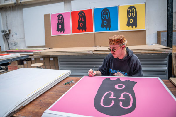 gucci-ghost-pink-edition-trevor-andrew-print-them-all-lithograph-signature-artist-limited-edition