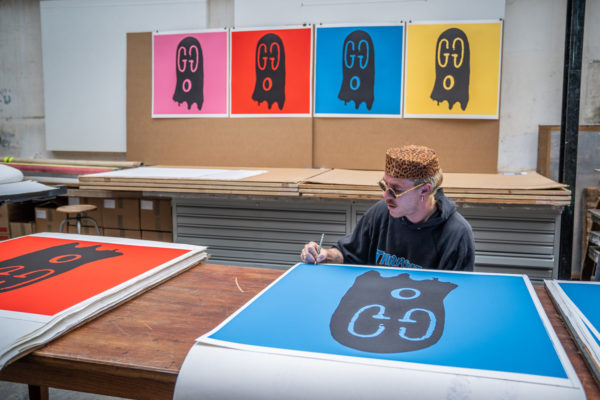 original-gucci-ghost-blue-edition-trevor-andrew-print-them-all-lithograph-signature-process-limited-edition-print