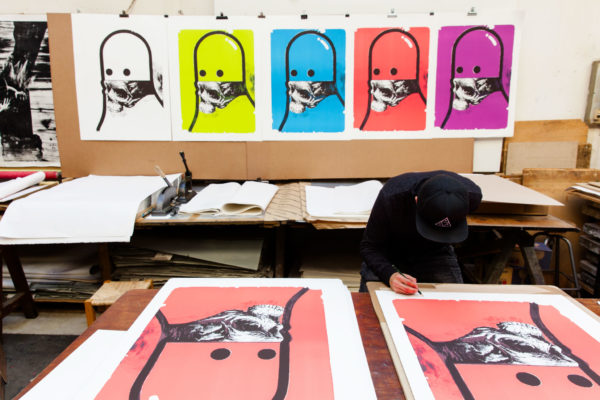 false-prophet-editions-michael-reeder-lithographs-on-stone-signing-process-contemporary-art
